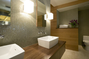 bathroom-lighting-ideas-with-square-wall-mounted-lights